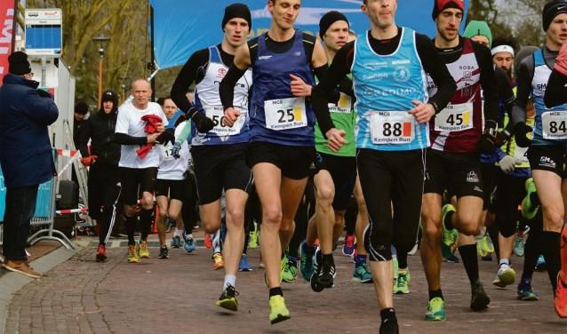 Belgische en Nederlandse toppers starten in halve marathon. FOTO: www.kempenrun.nl