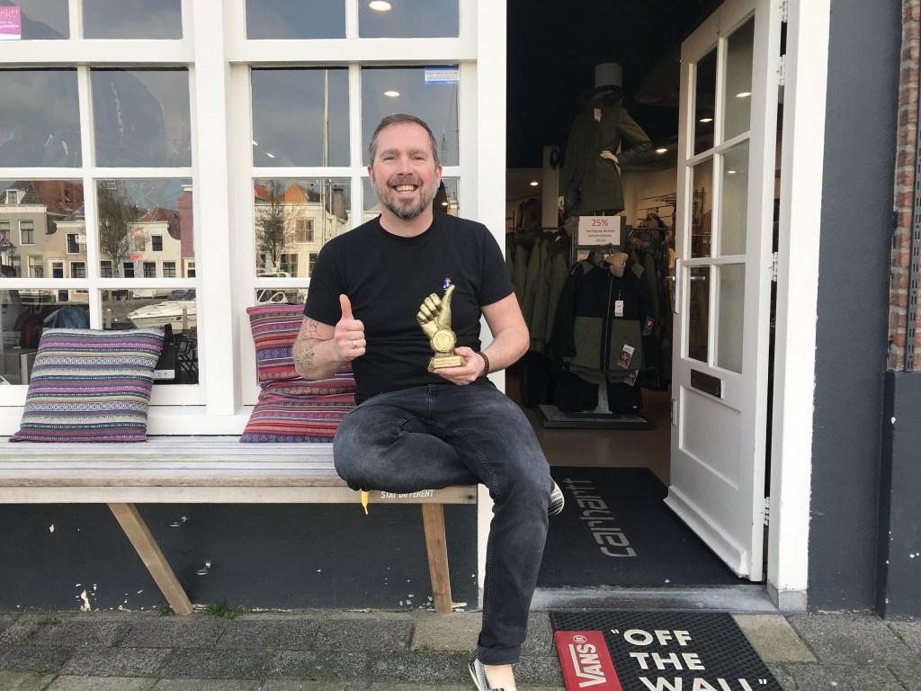 Maarten Landegent van Lux Boardshop werd vorig jaar gekozen tot Winkelheld van 2018 Foto:Roland Goovers © Persgroep