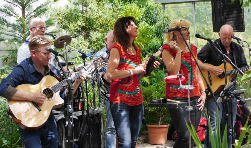 Las Tapas swingt met Latijns-Amerikaanse muziek.