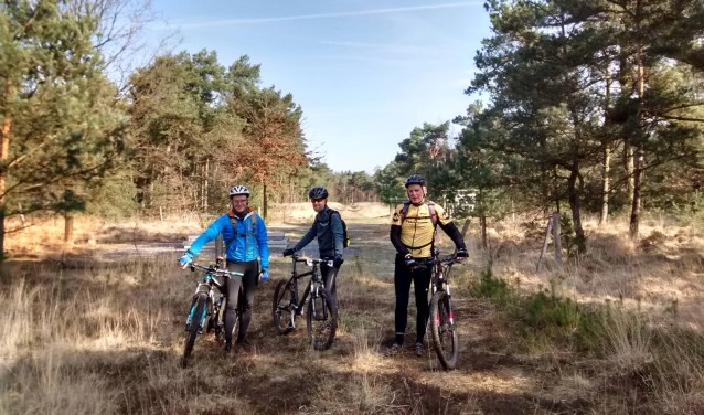 Tony Weggemans van Stichting MTBStadsbos013 komt vertellen over de atb-route, die zaterdag 30 maart officieel wordt geopend in Stadsbos013