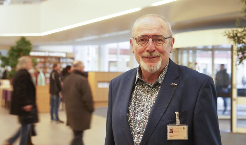 Dim van Rhee, voorzitter van de Patiëntenraad van St Jansdal, is blij dat het vertrouwen van patiënten niet is aangetast door de tumultueuze gebeurtenissen van de afgelopen maanden. Foto: Linda Heller