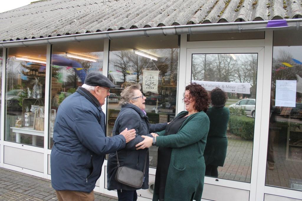 Linda Heinen verwelkomde het afgelopen weekend bezoekers, welke een kijkje kwamen nemen tijdens het open huis. Foto: Leo van der Linde © Persgroep