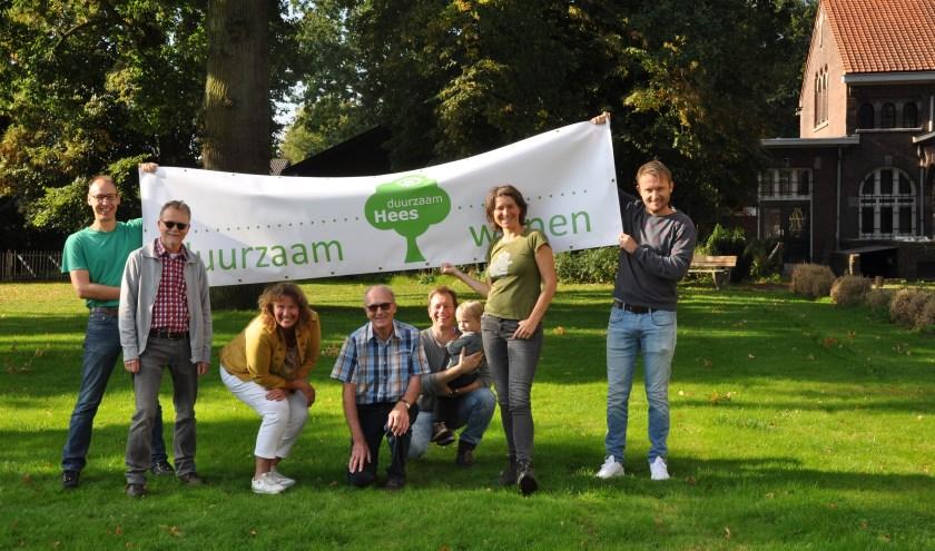 De leden van buurtteam Duurzaam Hees (vlnr): Oswald van den Aakster, Paul Buijs, Marion Doveren, Jan Buil, Rick Clephas, Susan Pot en Sander Veltmaat