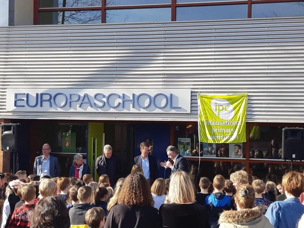 Onthulling IPC bord Europaschool. Foto: Noël Boes