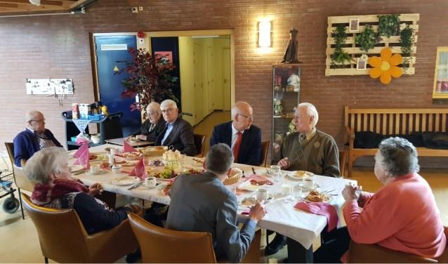 College BenW luncht in De Meridiaan.