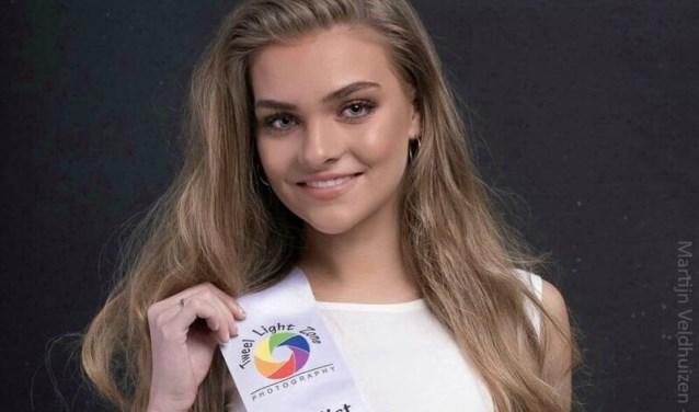 De 21-jarige Joëlle Weening uit Ede is doorgedrongen tot de finale van Miss Beauty of Gelderland 2019.