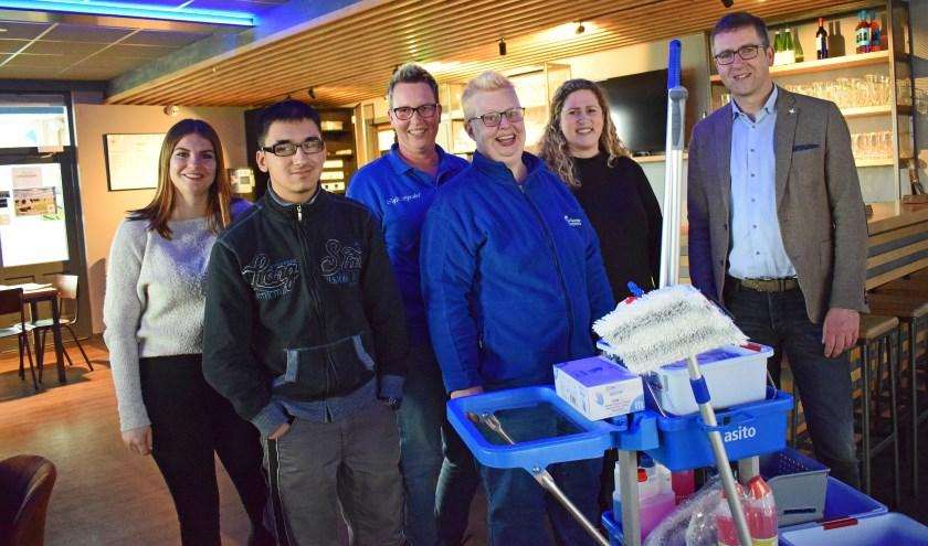 Bij LSV Lonneker is op maandag 11 maart de leerwerklijn Schoonmaak van De Twentse Zorgcentra gestart.
