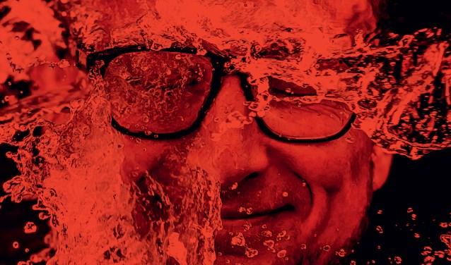Pieter Jouke staat zaterdag 16 maart in De Schelleboom met zijn voorstelling Gloeiende Plaat
