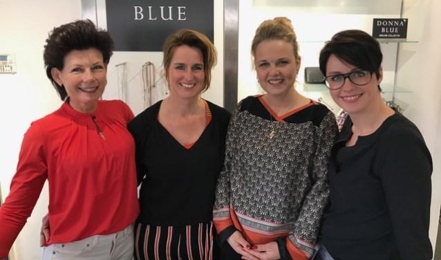 """""""De dames van Donna Blue denken graag met klanten mee over de trends die bij u passen"""", vertelt eigenaar Bas Nieuwdorp."""