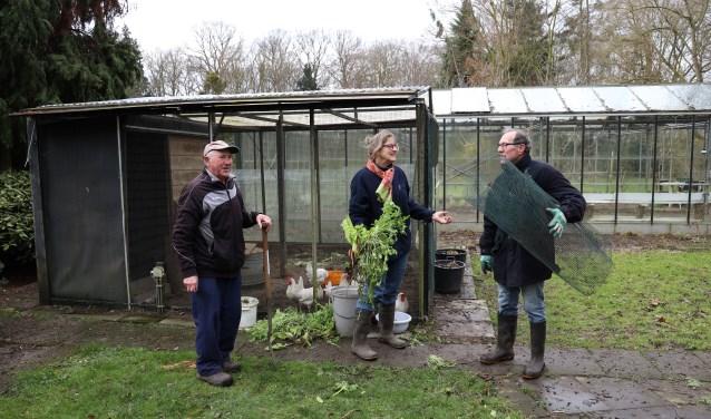 De bloementuin, het bos en de groentetuin worden vol liefde verzorgd door de vrijwilligers. (foto: Marco van den Broek)