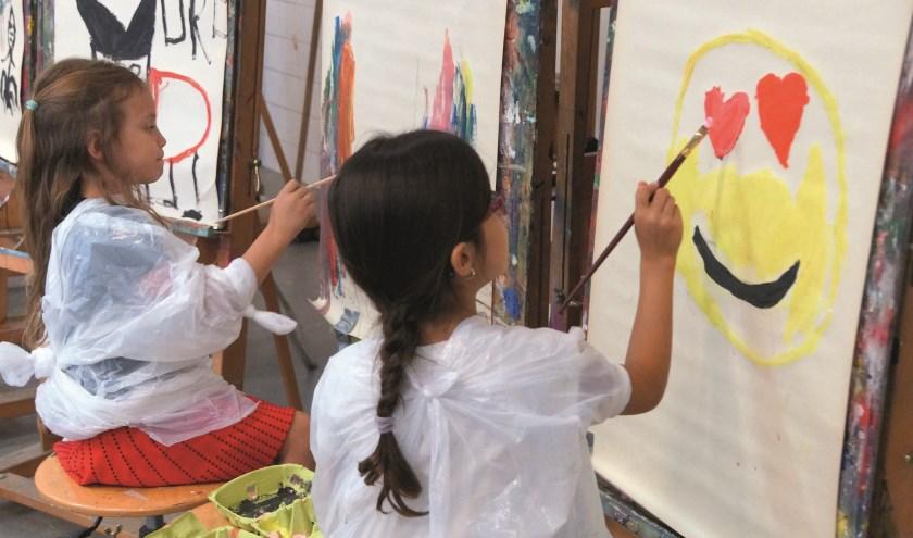 Terwijl de meesters en juffen actie voeren in Den Haag, kunnen kinderen bij Muzelinck kennismaken met de Kinderkunstwerkplaats waar zij hun fantasie de vrije loop kunnen laten.