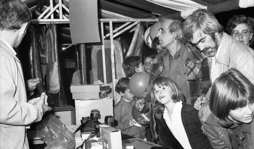 Het is zomeravondfeest 1982 in Valkenswaard.