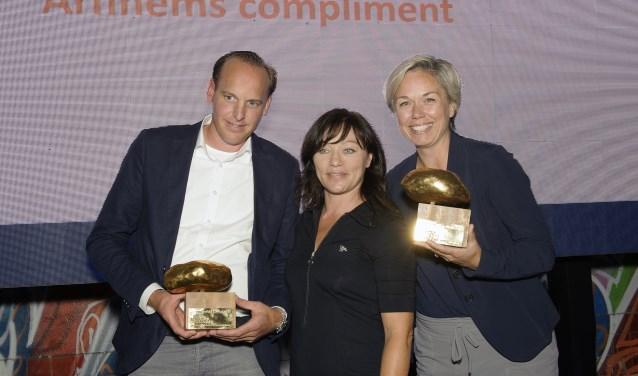 De twee winnaars van vorig jaar. Links Olaf Heller (Mantel), rechts Elke Duthler (Alliander).