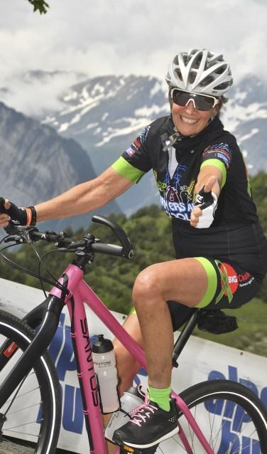 Margriet Hoffmans fiets voor de 6e keer mee voor Alpe d'Huzes. Foto: Photo Breton.