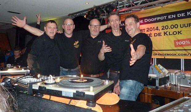 Van links naar rechts Jan ter Beek, Dinant Besselink, Aalt Kompagne, Wijnand Reijerink en Dick Loman.