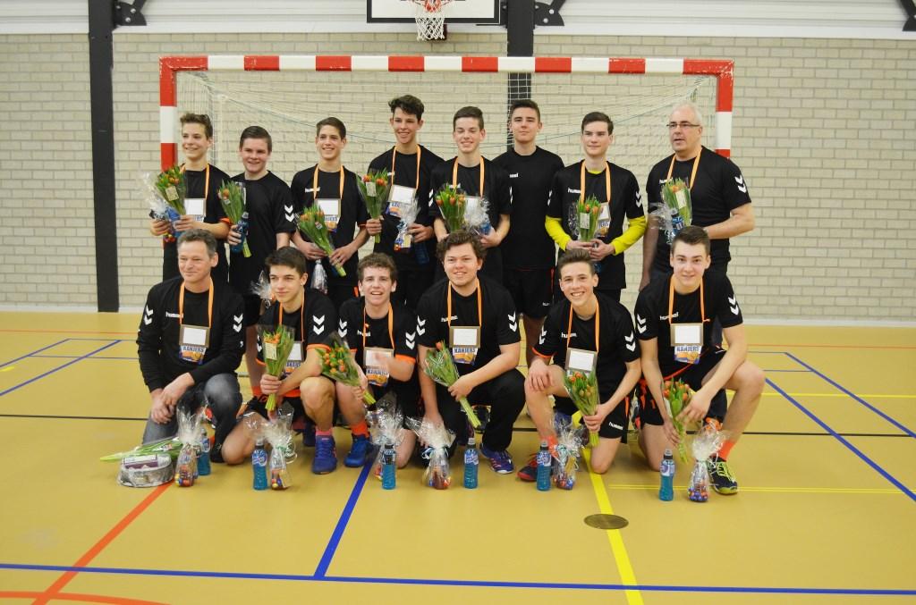 Kampioensteam B-jongens HV Duiven.