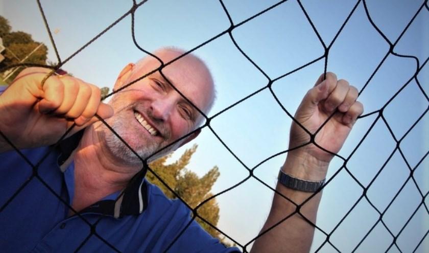 De trainer / coach van DSS'14, Klaas Biezen, heeft het erg naar zijn zin bij de Heesseltse voetbalclub. (Foto: archief K. Biezen)
