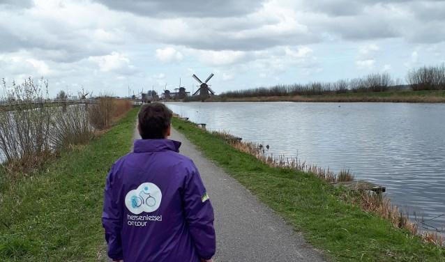 De fietstocht voert de deelnemers langs het Werelderfgoed Kinderdijk. (Foto: Bert Alderliesten)