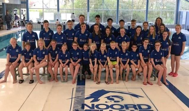 Teamfoto Zwemvereniging Noord-Veluwe. (Foto: Mirjam Korevaar)