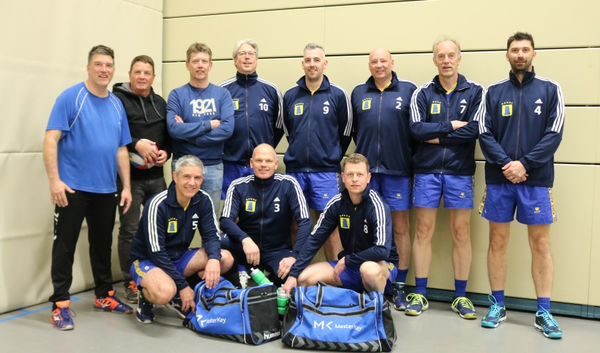 Sportploeg van het jaar 2018, Heren 1 team Sportclub Gorssel, Volleybal. Uiterst links Henk Langeler. (Foto: Arjen Dieperink)
