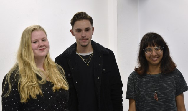 Mare (18), Quincy (20) en Mahika (20) van de opleiding Fine Art & Design in Education. Foto: Sabine van Doornspeek en Shanelle de Boer