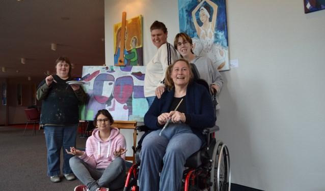 De kunstenaars van Atelier Verfstreken.