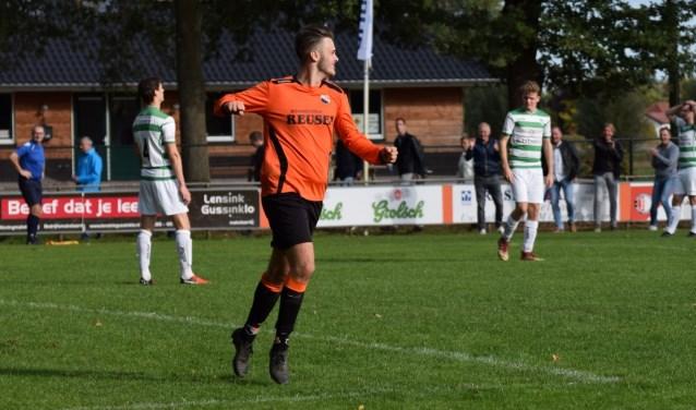 Cas Jansen van Ajax Breedenbroek.