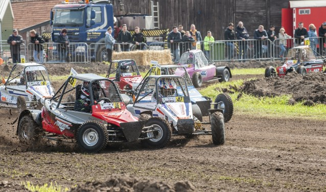 De Mini Buggy's in actie.