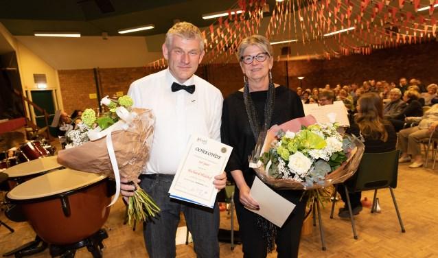 De jubilarissen Richard Hulshof en Tally Paalman