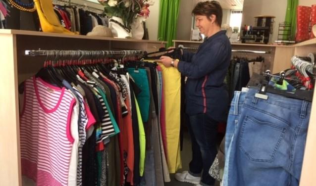 Marian Neels is al vanaf de start actief betrokken bij de kledingbank.