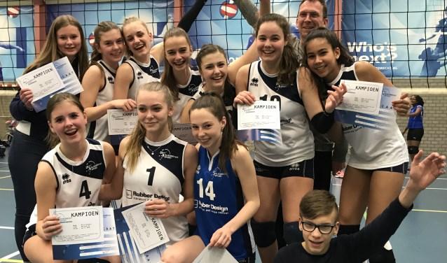 Het hoogste meidenteam van Sliedrecht Sport won goud. (Foto: Privé)