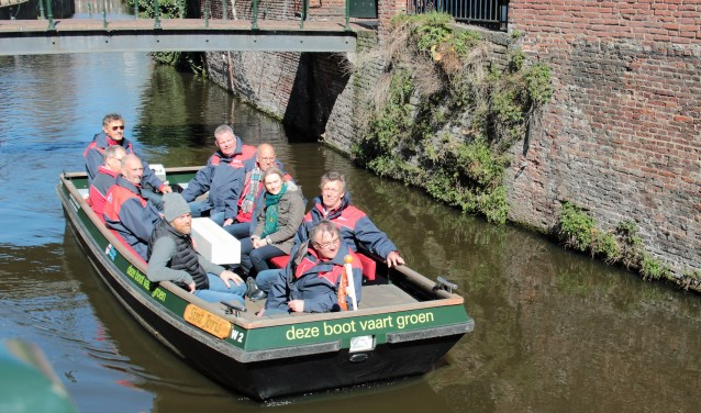 Aan de Langegracht arriveerde woensdagmiddag de eerste elektrische boot van rondvaartorganisatie de Waterlijn.