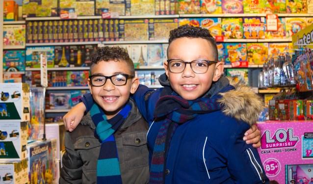 Leergeld Enschede is er voor gezinnen met kinderen tussen de 4 en 18 jaar, die een laag inkomen hebben en voor wie de kosten van onder andere school en buitenschoolse activiteiten nauwelijks op te brengen zijn.