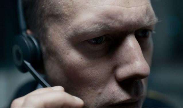 Scène uit de Deense thriller 'Den Skyldige'. (Foto: Nikolaj Moeller)