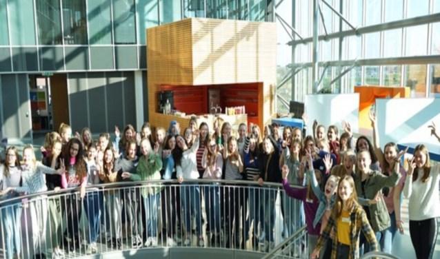 Op het Bossche hoofdkantoor van SAP Nederland kregen tientallen meiden een inkijkje in techniek.