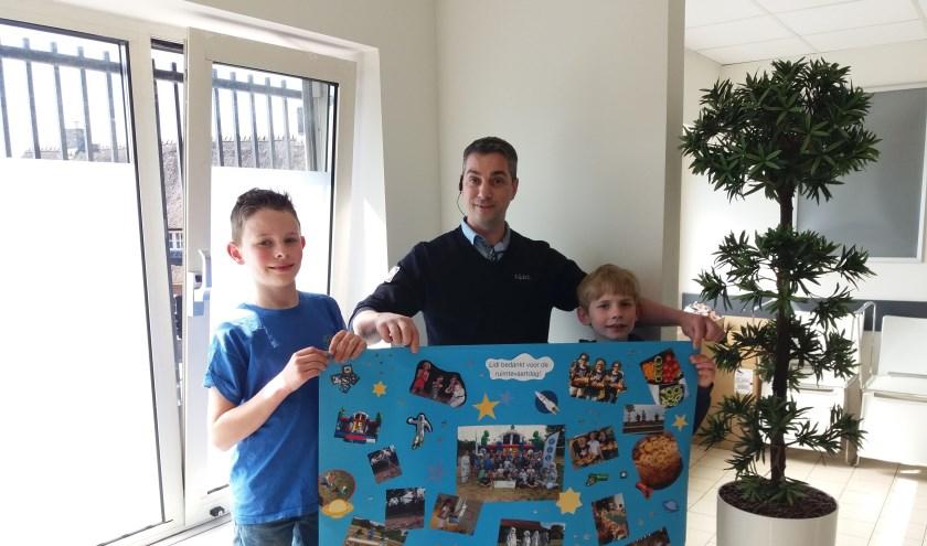 Leden van Jong Nederland Drunen knutselden dit prachtig aandenken in elkaar als dank voor de donatie van Lidl Drunen.