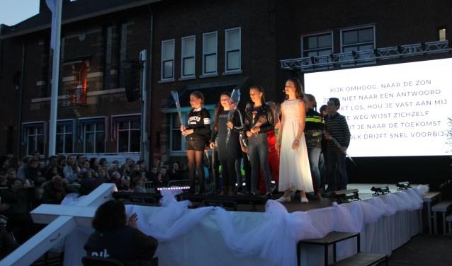 De Passion4kidswerd opgevoerd door de kinderen van groep 5 tot en met 8 van de christelijke kindcentra De Notenbalk, Het Akkoord en De Rank.