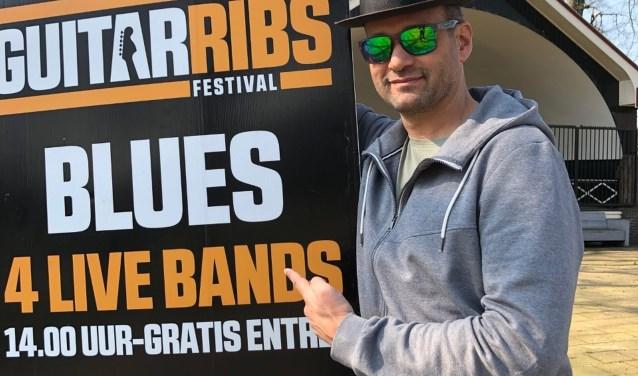 """""""Geen moeilijk gedoe, geen entree, maar vier bands en een grill, die het werk doen"""", aldus organisator Jan Wissink."""