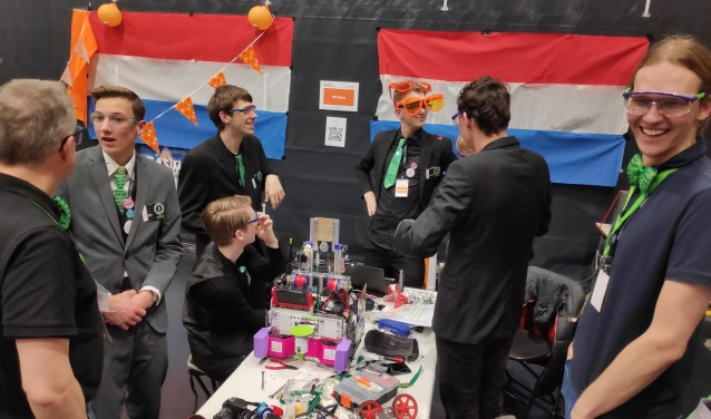 'The Encrypted Gentlemen' zoekt nog sponsoren. Interesse? Mail dan naar ftc@sondervick.nl