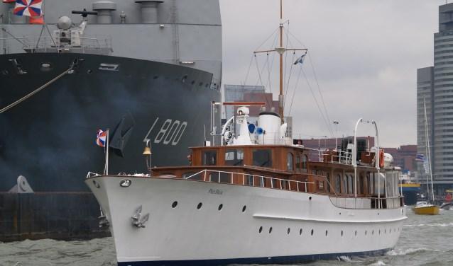 Het koninklijk Jacht 'Piet Hein'. Belangstellenden kunnen meevaren vanuit Elburg. (Bron: VVV Elburg)