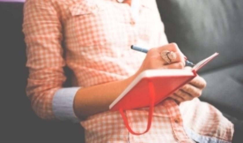 Heb je een vlotte pen, kun je goede foto's maken en ben je niet bang om zelf met eigen ideeën te komen?
