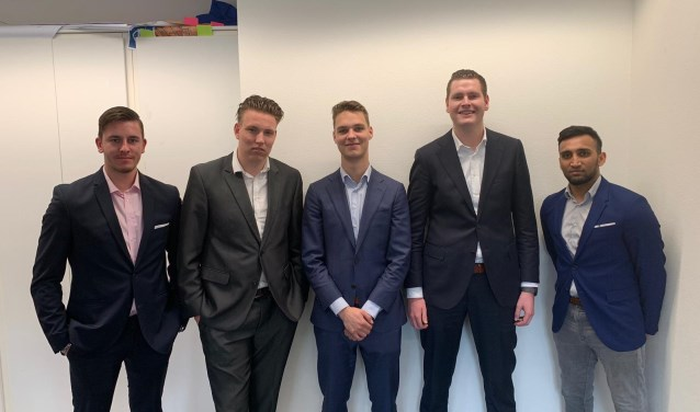 De mannen van GIJP. Links: Rik de Vries.