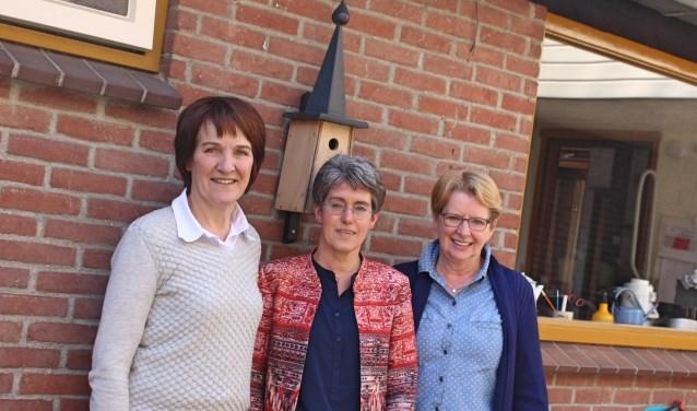 Van links naar rechts: Diny Simkens, Petra Bakker en Thérèse Tielen.
