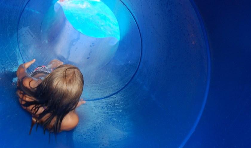 De glijbaan bij zwembad 't Molengors. Foto: PR