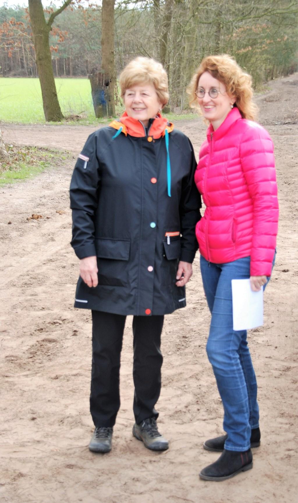Carol Bradshaw en burgemeester Keijzers Foto: Ad van Zantvoort © Persgroep