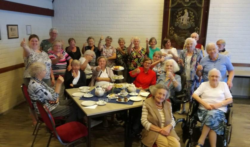 Bij de Zonnebloem Rijssen zijn ongeveer 24 vrijwilligers actief:  ze bezoeken gasten, organiseren en begeleiden activiteiten. Foto: Isabel Warming.