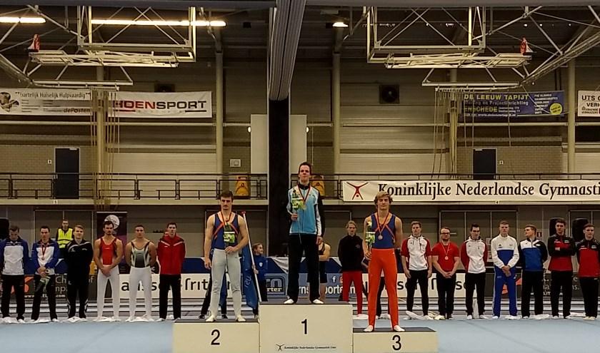 Op het podium Lorenzo Schwerdtfeger en Tieze van den Elsen. (Foto: Niels Velthuijs)