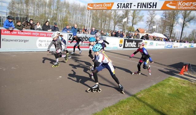 Start van een serie tijdens Stouwdamcompetitie Rijssen. Foto: Jannes Wolff.