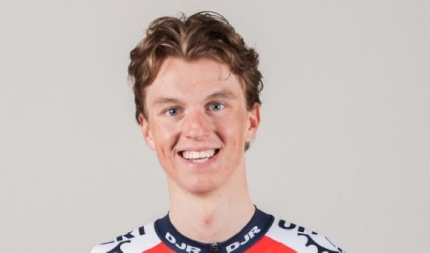 Mathijs de Leng uit Boskoop gaat voor de overwinning.