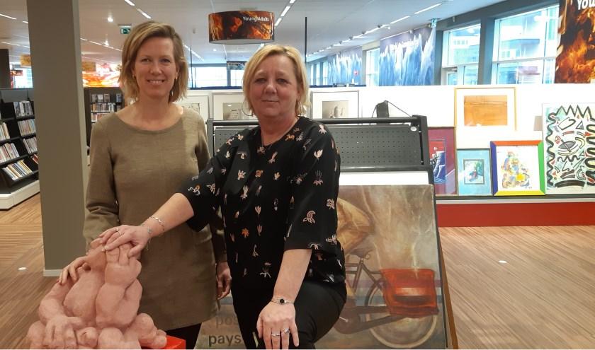 Marieke van Oudheusden en Jacqueline van Munster werken hard aan hun project 'Ontmoeting in Beeld'